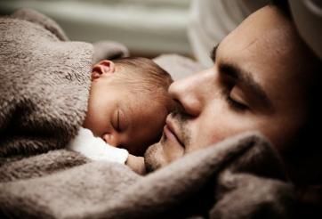Tout savoir sur la nouvelle mouture du congé de paternité et d'accueil de l'enfant